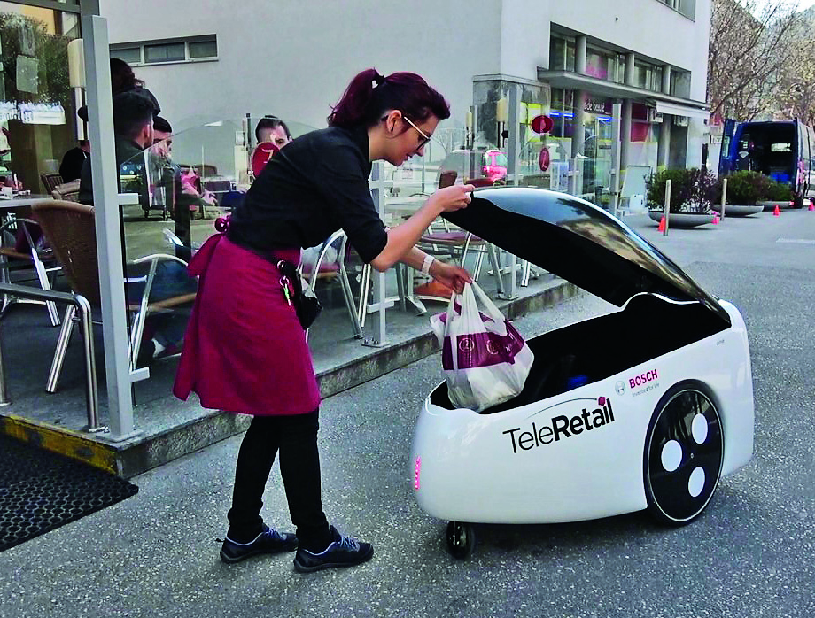 TeleRetail delivery robot